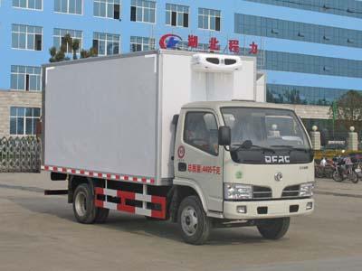 东风小多利卡4.1米冷藏车