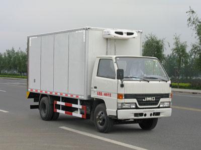 江铃顺达4.15米冷藏车